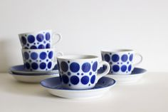 ARABIA Finland  'POP' / 'Stencil' blue and white porcelain cups and saucers / rare and highly collectible / Scandinavian Modern / Goran Back