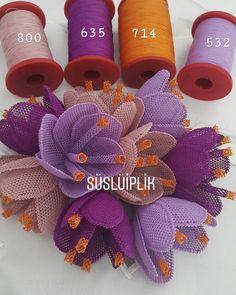 Arkadaşlar çiçeklerimde kullandığım ip markası @oyali_suni_ipek  renk numaralarını ise görselimde paylaştım. . . .  #iğneoyası #igneoyası #tasarım #çiçek #cicek #odatakımı #10marifet #keskebendeyapabilsem #hepbirliktebüyüyoruz #susluiplik