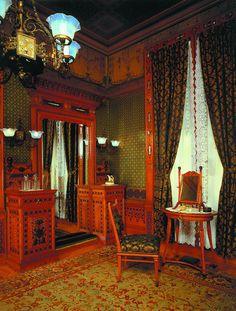 Aesthetic Movement parlor (Metropolitan Museum of Art, NYC)
