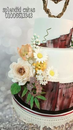 Wooden cake
