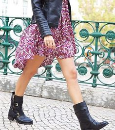 I absolutly adore how our IT Girl is wearing our biker boots IT Blake! Don't you 💕the dress as well from Biker Boots Outfit, Black Boots Outfit, Black Biker Boots, Rock Chic Outfits, Girly Girl Outfits, Cute Outfits, Classic Outfits, Simple Outfits, Grunge Fashion