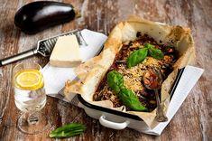Hyvää alkanutta heinäkuuta! Tällä viikolla ruokalistalla on kevyitä kesään sopivia herkkuja. Olipa mökkeilemässä tai puurtamassa toimistossa. Ihanaa viikkoa! Camembert Cheese, Ethnic Recipes, Koti
