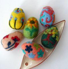 More designs for felted Easter eggs