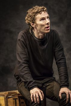 First look at Benedict Cumberbatch and cast in Hamlet - WhatsOnStage.com