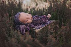 Knitting Pattern, Knit PDF Pattern,  Newborn Hat Pattern, PHOTO shoot prop,  Knit, Tutorial, PDF, Newborn hat, Duffy  Bonnet by CreamoftheProp on Etsy Finger Weights, Duffy, Hand Dyed Yarn, Baby Knitting Patterns, Photography Props, Photo Shoot, Pdf, Hats, Things To Sell