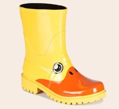 Kigu has teamed up with JuJu to create a range of incredible unique animal wellies, guaranteed to boost your festival fun by a factor of. Kids Rain Boots, Rubber Rain Boots, Crossbody Bags For Travel, Animal Costumes, Wellington Boot, Duck Boots, Cool Fabric, Rubber Duck, Kid Shoes
