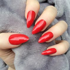 Doobys Stiletto Nails Hot Red Gloss Gel Look 24 Claw Point False Nails featuring polyvore beauty products nail care nail treatments nails makeup unhas gel nail care
