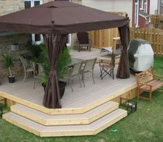 Google Image Result for http://www.ideas-for-deck-designs.com/images/trouble-with-stairs-21298190.jpg