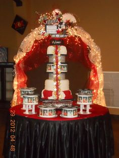 Quinceanera Cake - Hollywood Theme