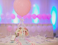 Hot-air balloon party theme - table centerpiece