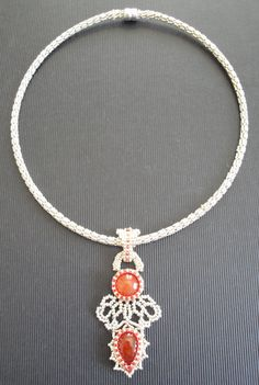 Choker with Carnelian pedant, the embellishments are inspired by Coco, France. http://notwithoutmybeads.blogspot.co.at/