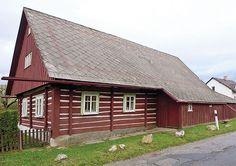 Sněžné (Sněžné je městys v okrese Žďár nad Sázavou v Kraji Vysočina) Vernacular Architecture, Home Fashion, Traditional House, Folk, Cottage, Cabin, Concept, House Styles, Home Decor