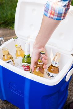 Whether you're using your cooler to chill drinks on the patio or tote an entire picnic to the park, it can get pretty icky after a season of heavy use.