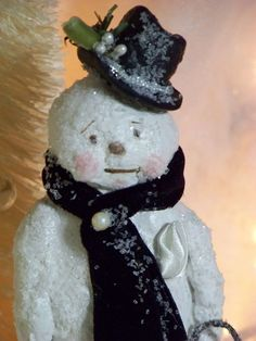 Paper Mache Winter Holiday Snowman Folk Art by pearlavenuestudios