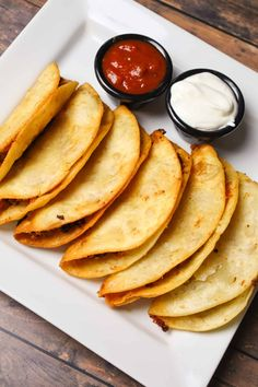 Beef Recipes For Dinner, Ground Beef Recipes, Mexican Food Recipes, Recipes Using Flour Tortillas, Fried Tacos, Stuffing Casserole, Beef Bacon, Bacon Stuffed Mushrooms, Dinner With Ground Beef