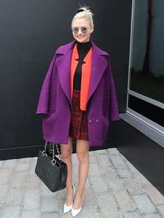 We love Pandora Sykes colour combo for #LFW #streetstyle