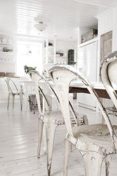 White #chairs #kitchen