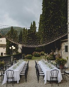 Wedding Lighting Ideas for Rustic Country Wedding Reception wedding lights 20 Creative Ideas for Wedding Reception Lighting Martha Stewart Weddings, Wedding Reception Lighting, Wedding Ceremony, Outdoor Wedding Lights, Twinkle Lights Wedding, Outdoor Weddings, Fairy Lights Wedding, Wedding Dinner, Wedding Receptions