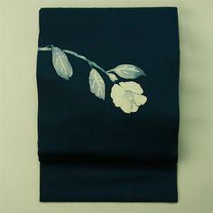 Navy, flower, vintage nagoya obi / 藍色塩瀬地ろうけつのお太鼓花柄名古屋帯