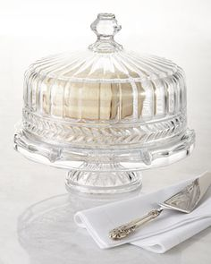 Shop Symphony Cake Dome from Godinger at Horchow, where you'll find new lower shipping on hundreds of home furnishings and gifts. Cake Stand With Dome, Cake Dome, Cupcake Stands, Dessert Stand, Cake Tray, Cake Plates, Kitchenaid, Crystal Cake, Clear Crystal