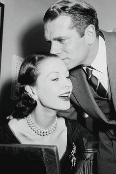viviensleigh:Vivien Leigh is embraced by husband Laurence Olivier after finding out in her New York dressing room that she won the Best Actress Oscar for her role in A Streetcar Named Desire,1952