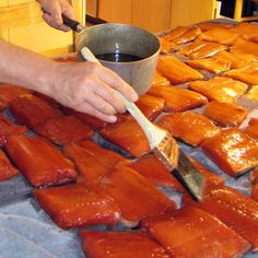 Fantastic tutorial on making homemade salmon lox. Salmon Lox, Salmon And Shrimp, Salmon Fillets, Smoked Salmon, Fish And Meat, Fish And Seafood, Nova Lox Recipe, Seafood Dishes, Seafood Recipes