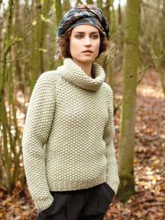 Ranch - Knit this women's moss stitch raglan sweater from Pioneer, a design by Martin Storey using the wonderful yarn Big Wool (merino wool). A beautiful textured sweater, with a cosy turn back collar and full length sleeves, this knitting pattern is for the beginner knitter.
