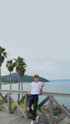 Nct 127, Lee Taeyong, Winwin, Exo Red Velvet, Beach Wallpaper, Screen Wallpaper, Jung Jaehyun, Jaehyun Nct, Funny Wallpapers