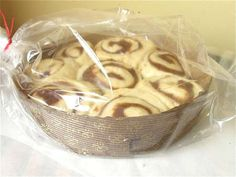 No knead sticky buns & other keep in the freezer, ready to bake, baked stuffs. (No Yeast Cinnamon Rolls Sticky Buns) No Yeast Cinnamon Rolls, Cinnamon Roll Dough, Yeast Rolls, Matcha, Freezable Cookies, Freeze Ahead Meals, Cheese Twists, Cookie Recipes, Dessert Recipes