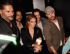 At the MTV Movie Awards - The MMXXL boys and J-Lo (April 2015)
