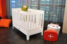 Bloom Baby Alma Papa Crib