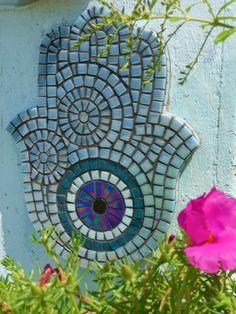 Mosaic Diy, Mosaic Wall, Hamsa Design, Hamsa Jewelry, Mosaic Pictures, Mosaic Projects, Room Ideas Bedroom, Amulets, Hamsa Hand