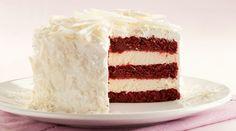 Revista Manequim - Clima de festa: aprenda a fazer um bolo red velvet com mousse de cheesecake