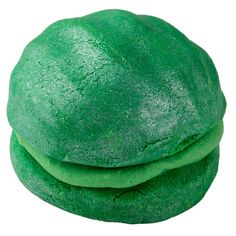 Green Bubbleroon.Revive the summer.his moisturising, citrus-scented bubble bar will put you in mind of a fresh summer meadow. With bergamot to brighten your mood, fresh avocado to reinvigorate and shea butter to make your skin feel like velvet. These bathtime macaroon-shaped treats aren't quite as bubbly as our other bars, but do contain extra-softening ingredients that create silky-soft water, leaving your skin hydrated.