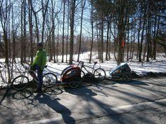 Březnová studená vyjížďka na kole s dětmi ve vozíku