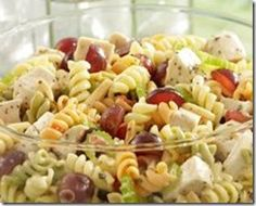 This Barbeque Chicken Salad should be a hit at any backyard barbeque party.  #zoomin http://zoominmarket.com/