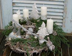 Kränze - Schöner Adventskranz in weiß - ein Designerstück von Schwedenhaus bei DaWanda
