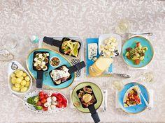 Wie mögen Sie Ihr Raclette-Pfännchen am liebsten - mit Tomate, Schinken oder Feige? Oder doch lieber mit Schokolade? 25 Raclette-Rezepte und Ideen.