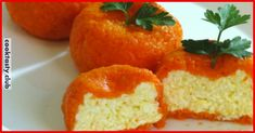 Ингредиенты: яйца вареные — 2 штуки твердый сыр — 150 грамм плавленый сыр — 100 грамм чеснок — 4-5 зубчиков соль майонез морковь средняя — 2 штуки Приготовление: Натираем сыр и яйца на тёрке, добавляем чеснок пропущенный через чеснокодавку. Отваренную морковь, очищаем и натираем на мелкой тёрке. Смешать все ингредиенты, кроме морковки, заправляем майонезом. Влажными …