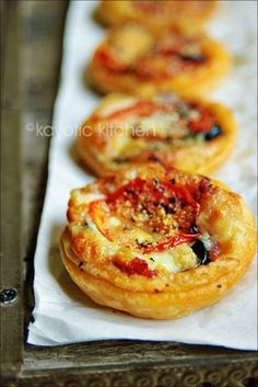 Puff pastry mini pizzas