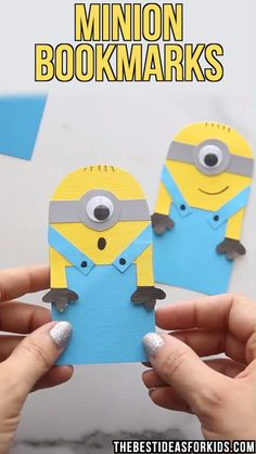 - these printable minion bookmarks are so fun to make! Fun for a minion birthday party craft! Make this easy paper minion bookmark with free printable template. This minion craft is great for kids to make on their own! Paper Crafts For Kids, Diy For Kids, Fun Crafts, Creative Crafts, Party Crafts, Paper Crafting, Creative Bookmarks, Bookmarks Kids, Handmade Bookmarks
