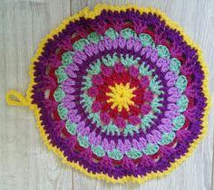 """Mandala """"Lavande et jolies violettes"""" Crochet fait main modèle unique : Accessoires de maison par la-flo-crochette"""