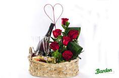Cesta con Rosas, Cava y Peluche   San Valentín