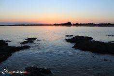 Tramonto alla Spiaggetta di Torre Chianca, Torre Lapillo, Porto Cesareo http://www.puntaprosciutto.com/spiaggia/spiaggetta-di-torre-chianca