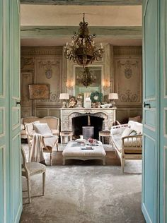 Rustic. Chic. French