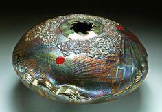 Raku Pottery Gallery by Steven Forbes deSoule Kintsugi, Raku Pottery, Hand Shapes, Contemporary Ceramics, Ceramic Artists, Handmade Pottery, Earthenware, Arts And Crafts, Art Crafts