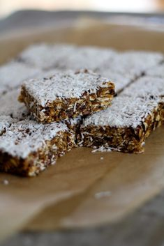 sunne havrebars - with oats, flaxseed and chocolate Blueberry Scones, Vegan Blueberry, Canned Blueberries, Vegan Scones, Gluten Free Flour Mix, Food Map, Scones Ingredients, 100 Calories, Vegan Butter