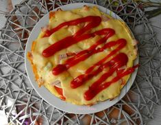Słodko Słodka: Szybka Pizza Śniadaniowa z Patelni. Hot Dog Buns, Hot Dogs, Food And Drink, Pizza, Menu, Lunch, Bread, Cooking, Ethnic Recipes