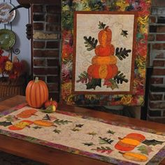 Pumpkin wall hanging & runner