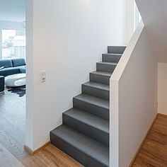 BC Original Galerie – Waxed Concrete – # Waxed Source by The pos Stairs And Staircase, Staircase Remodel, House Stairs, Style At Home, Escalier Design, Modern Stairs, Upstairs Bedroom, House Entrance, Home And Living